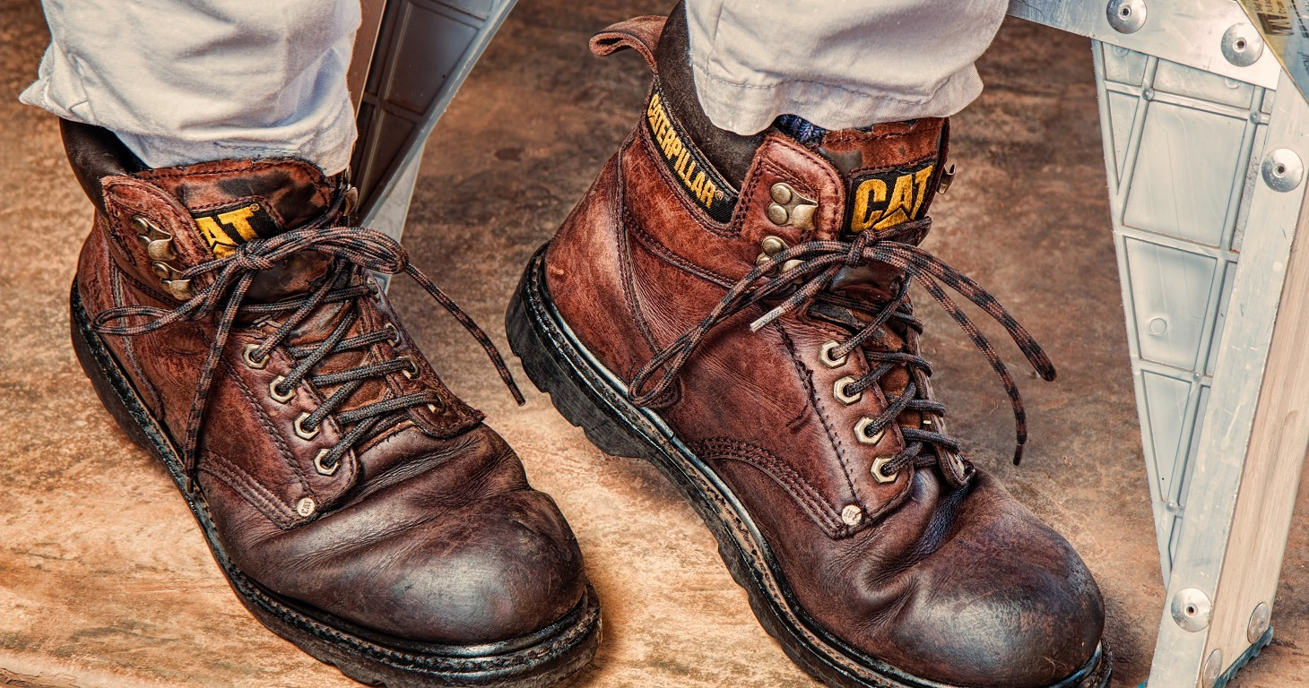 A Guide to Buying & Maintaining Safety Boots