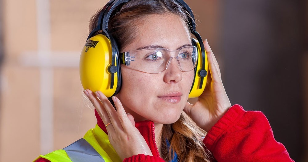 How to Choose the Right Eye Protection