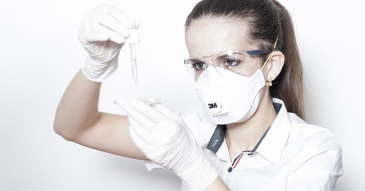 The Difference Between Face Masks and Respirators